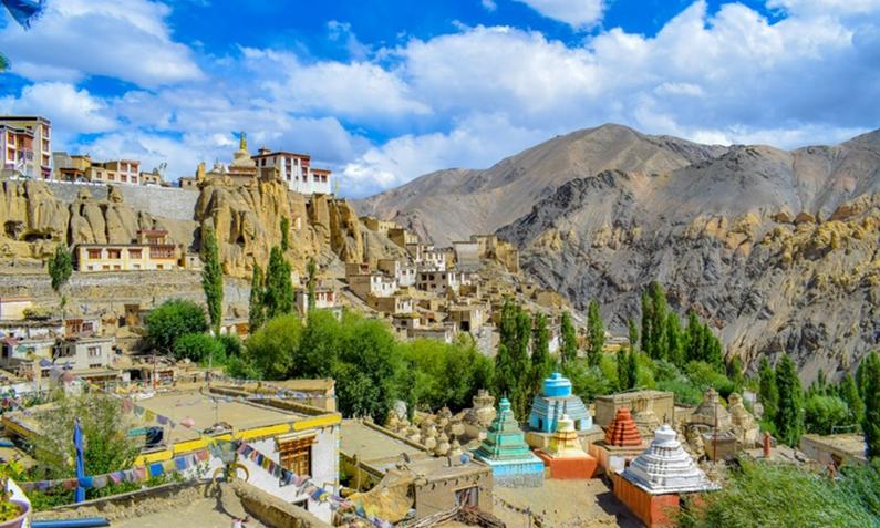 LEH – The Land of Lamas